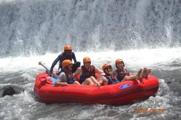 ubud rafting1